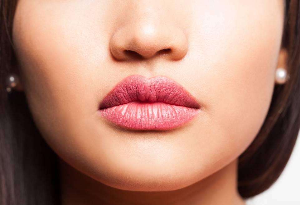 """Marirea buzelor – de ce """"Da!"""" si cum sa obtii un look natural"""