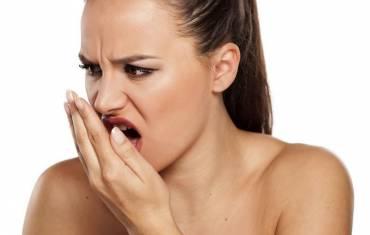 Cum scap de respirația urât mirositoare?